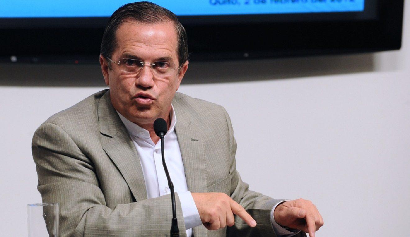 Juez dicta prisión preventiva contra Ricardo Patiño