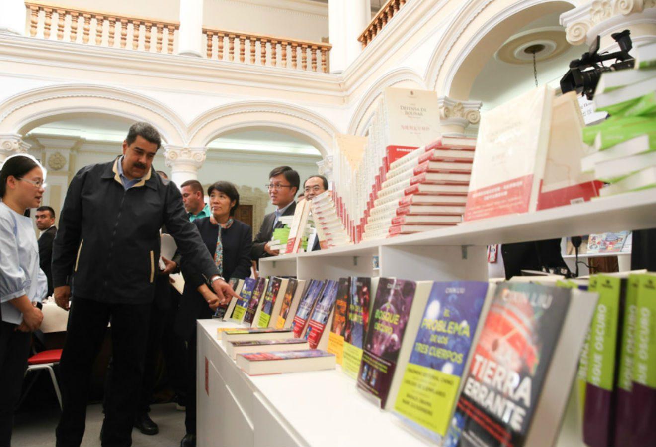 Maduro asegura que Chile es un 'despertar contra el sistema neoliberal'