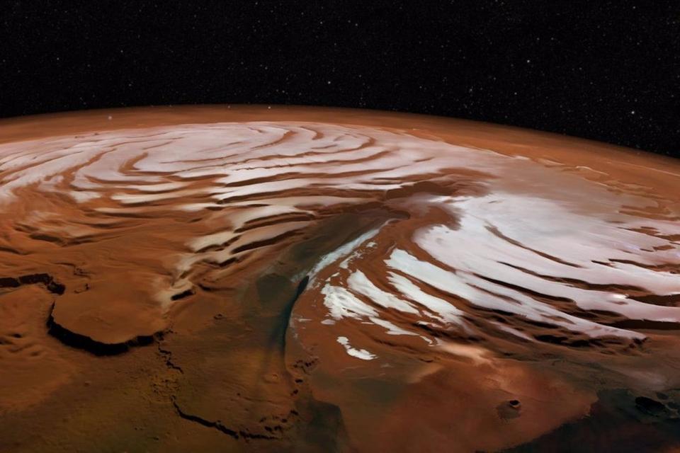 Descubren en Marte una reserva de hielo de agua casi pura